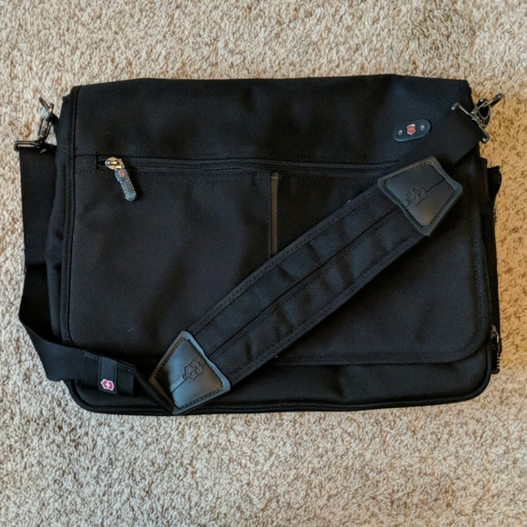 SwissGear Handbags - Swiss army victorinox shoulder laptop bag